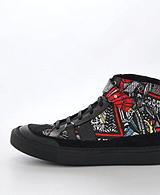 V Ave Shoe Repair - Snap Graphic Sneaker Wonderland Print